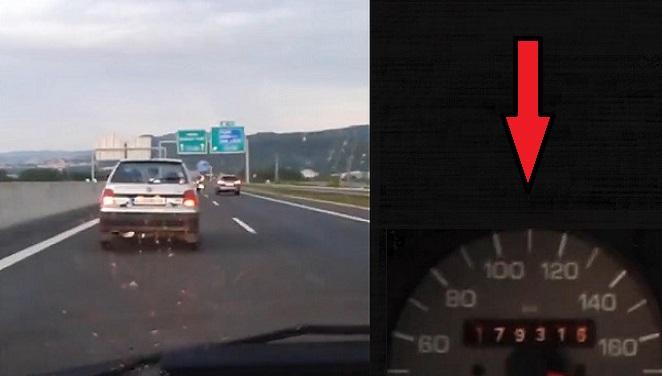 Myslíš, že Felícia na diaľnicu nepatrí a iba tam brzdí dopravu? Vodič tejto Feldy ti ukáže, že legendárna Škodovka dokáže vytiahnuť na tachometri poriadne vysoké čísla