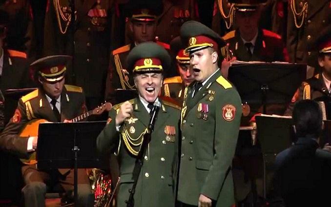 Legendárni Alexandrovci zaspievali hit Hej, Sokoly! Z ich verzia ťa zimomriavky neminú