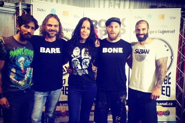 Cyperskí BAREBONE manažovaní Košičankou Zuzkou Kristovou získali cenu The Academia Music Awards