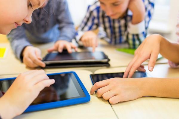 Ako tráviť čas s dieťaťom, aby ani len nepomyslelo na sociálne siete a internet?