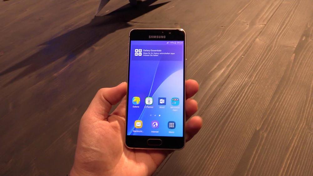 Smartfón od Samsungu nie je možné nabiť na plnú kapacitu. O ktorý model ide?