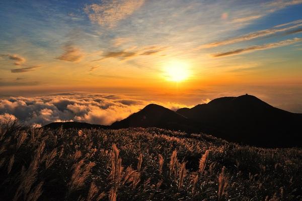 Objavte čaro prírody aj po západe slnka. Čo všetko tam na vás čaká?