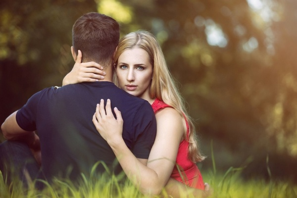 Prečo je trendom, že ženy podvádzajú viac ako muži? Tu sú dôvody!