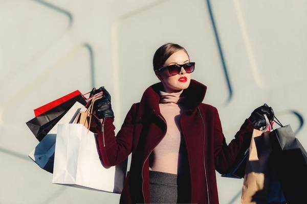 Viete, ako si správne vybrať vhodné oblečenie na seba? Pri určení vám pomôže tento jednoduchý manuál
