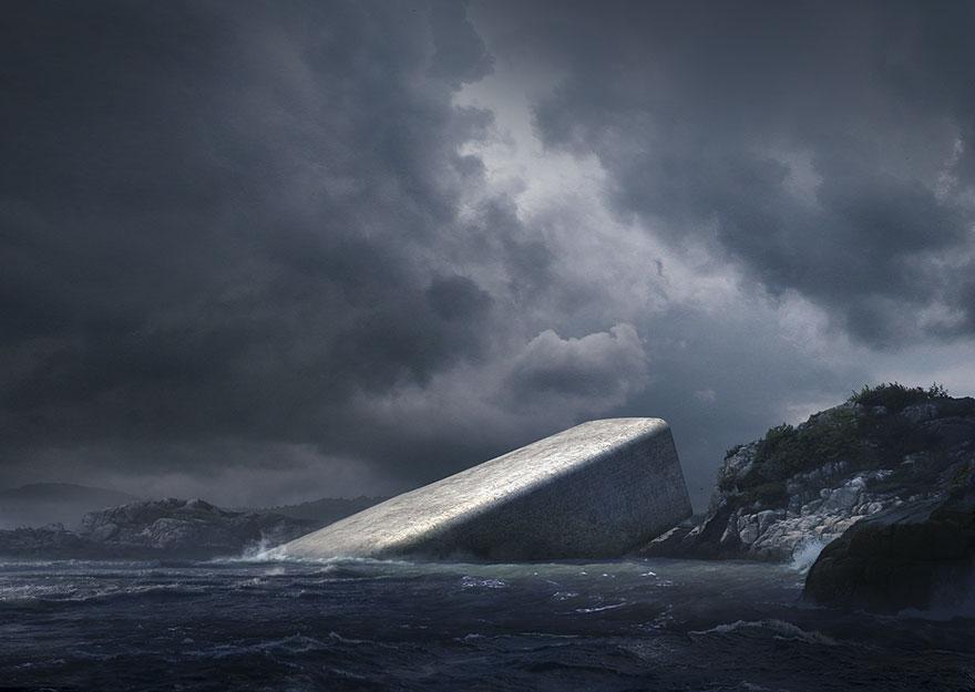 Nahliadnite do Underu, prvej európskej podvodnej reštaurácie, ktorá zvonka pôsobí len ako kus skaly