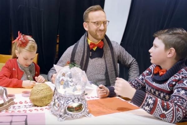 """Miro Jaroš sa postaral o nádhernú vianočnú pieseň. Text """"Tak sa teším na Ježiška"""" si budú pospevovať aj vaši drobci"""