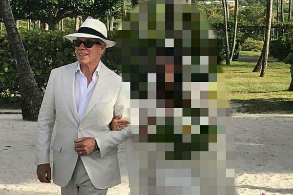 Tommy Hilfiger tento rok vydával svoju dcéru Ally. Sledujte, aké svadobné šaty jej navrhol