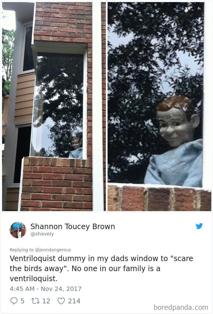 Ľudia sa podelili o fotografie vecí, ktoré našli u rodičov doma. Niektoré sú naozaj desivé