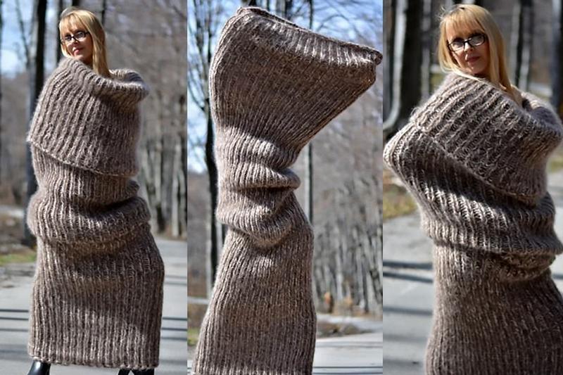 Táto pletená vec sa objavila na internete, avšak, nikto nevie, o čo ide. Je to sveter alebo šál?