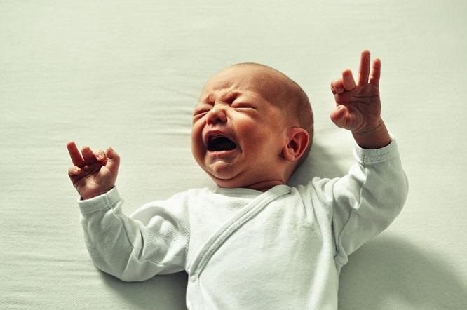 Plače vaše bábätko a neviete ho utíšiť? Tieto skvelé a overené rady od mamičiek vám určite pomôžu
