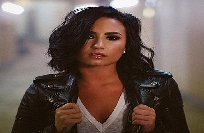 Demi Lovato šokovala fanúšikov fotografiou z minulosti! Takáto vychrtlina z nej bola v čase, keď bojovala so zákernou chorobou