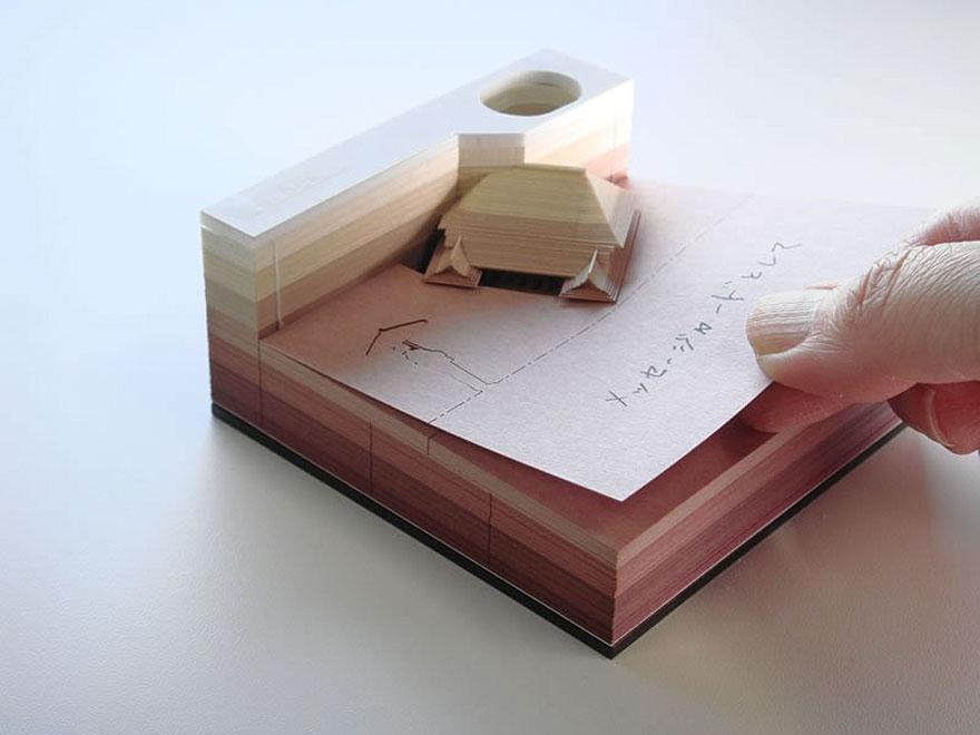 Japonská firma prišla s jedinečným nápadom. Sledujte, aký nádherný 3D objekt sa objaví po odtrhnutí papierikov