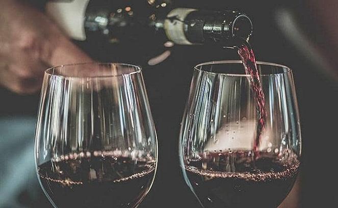 Vo víne je viac než len pravda! Najnovšie výskumy potvrdili, že pomáha chudnúť a zlepšuje spánok
