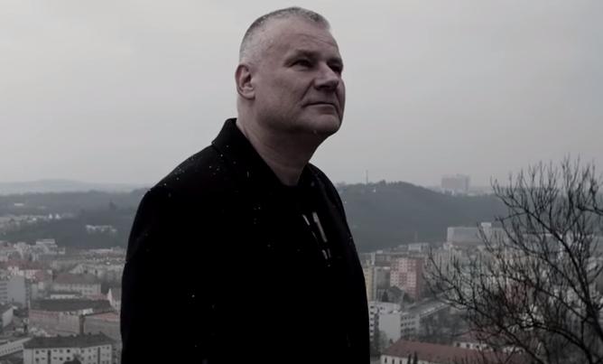 Jiří Kajínek má vlastnú pesničku! Čo povieš na tento skvost?