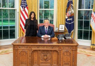 Donald Trump si pozval do Bieleho domu Kim Kardashian. Nebudete veriť, o čom táto dvojica rokovala