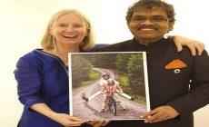 Príbeh ako z romantického filmu: Ind predal celý svoj majetok a na bicykli sa vydal do Švédska za svojou láskou. Sú spolu už 40 rokov
