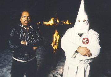 Keď bol chlapcom, zaútočili naňho rasisti. Neskôr strávil 30 rokov v klube KKK, aby pochopil príčiny rasizmu a bojoval s nimi