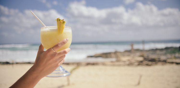 Leto s chuťou Piňa Colady! Zabudnite na tradičný coctail a vyskúšajte fantastické pochúťky, ktoré opantajú všetky vaše zmysly!