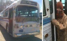 Žena si kúpila si z eBay-u starý autobus. Ten prerobila na bývanie snov, ktoré vyzerá lepšie než väčšina bytov