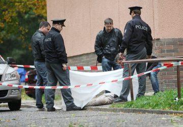 Obrovská tragédia v OSTRAVE: Muž vyskočil z okna spolu s dieťaťom! Obaja sú mŕtvi
