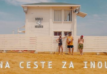 Premiéra klipu kapely Smola a Hrušky: Letnú novinku Na ceste za inou natočili až v ďalekom Izraeli
