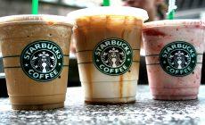 Starbucks bojuje s plastovými odpadmi. Od jesene prestane predávať plastové slamky