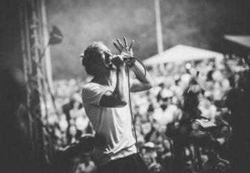 Tichá voda: Tomáš Klus predstavuje ďalšiu novinku z pripravovaného albumu SpOlu