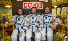 VIDEO: Rus, Nemec a Američanka tvoria posádku rakety. To nie je začiatok vtipu, ale skutočné zastúpenie astronautov. Pozrite si unikátne zábery z vnútra rakety pri štarte!