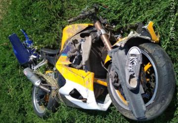 VEĽKÉ PÁTRANIE: Pri nehode vymrštilo motorkára do poľa, stále je nezvestný! Zasiahnuť už musel vrtuľník