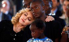Madonna na Malawi: Speváčka navštívila detskú chirurgiu v Afrike, ktorá pred rokom vznikla vďaka nej