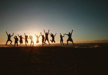 Medzinárodný deň priateľstva: Akí dôležití sú pre Slovákov priatelia? Pozrite, čo ukazuje výskum