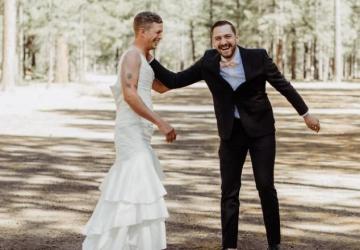 VTIP ROKA: Nevesta poslala namiesto seba na svadobné fotenie svojho brata. Ako to celé dopadlo?