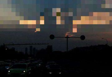Mraky na oblohe vedia poriadne prekvapiť. Svedčí o tom aj táto fotka bozkávajúcich sa milencov!
