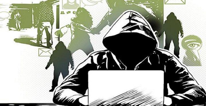 Profesionálny stalker: Muž sa živí tým, že na sociálnych sieťach a na internete vyhľadá všetko o komkoľvek