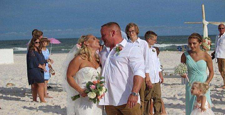 Svadba na pláži sa nečakane zvrtla: Tesne po tom, ako ženích povedal áno, nastala dráma