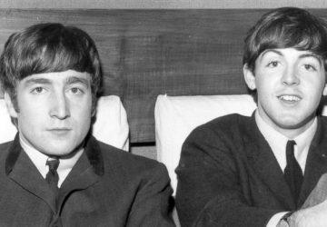 Deti Beatlesákov ↑ sa občas stretávajú: Lennon a McCartney si spravili selfie