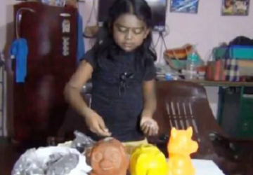 Len 8-ročné dievčatko si šetrilo na nový bicykel. Peniaze z prasiatka sa však rozhodlo venovať ľuďom, ktorí prišli o svoje domovy kvôli záplavám