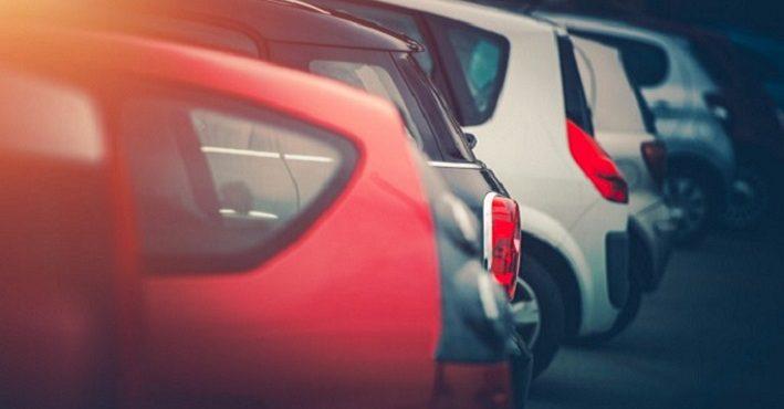 Horúčavy netrápia len ľudí a zvieratá, ale i autá. Na čo všetko by si mali dať vodiči pozor?