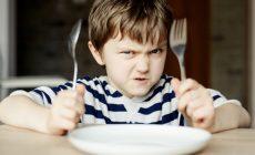 Po 17-tej hodine vstup deťom zakázaný! Rodičia sa najedia v pokoji