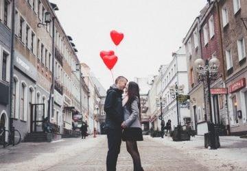 Milovať nie je ťažké. Ťažké je urobiť to správne