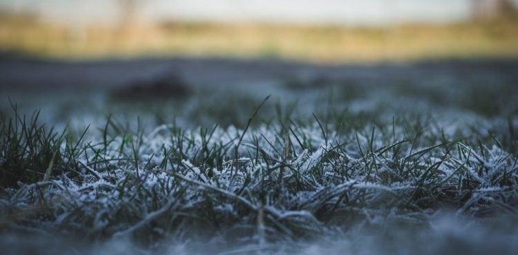 Nielen sneh na horách. V nasledujúcich dňoch očakávame na celom Slovensku prízemný mráz