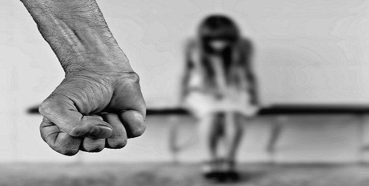 Slovák znásilnil 15-ročnú Rakúšanku. Rakúsky súd mu už vymeral trest
