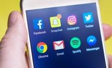 Ako si vymazať Facebook a Instagram na veky vekov