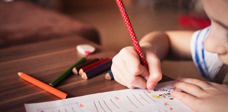 Prečo potrebujeme elektronický zber údajov pre financovanie škôl?
