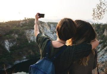 Nebezpečný fenomén selfie: Vsnahe spraviť si dokonalú fotku vpriebehu šiestich rokov zomrelo 259 ľudí