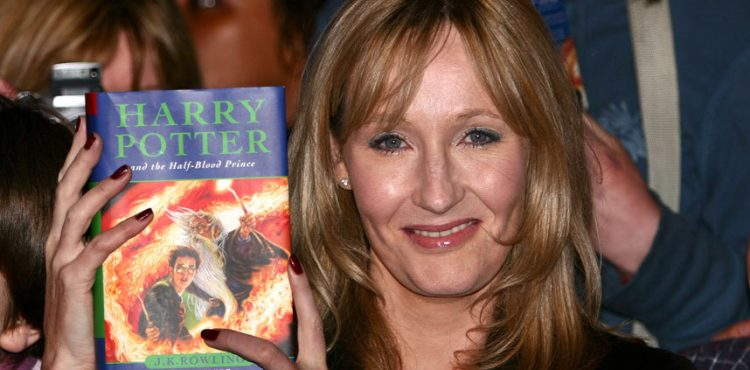 Ak ste ako dieťa chceli napísať list Rowlingovej, nemusí byť neskoro