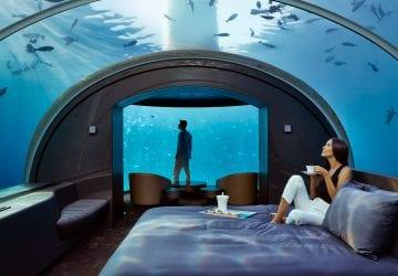 Na Maledivách postavili prvý podmorský hotelový apartmán