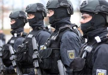 AKTUÁLNE: Nemecká protiteroristická jednotka zadržala 10 islamistov