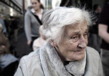 AKTUÁLNE: Parlament odobril zákon o zastropovaní dôchodkového veku
