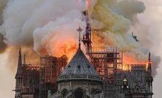 Notre-Dame obnovíme do piatich rokov a bude ešte krajšia, vyhlásil Macron